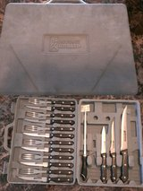 NEW Knives 16 pc set in Clarksville, Tennessee
