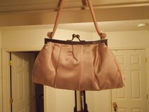 GIRL'S PINK PURSE in Clarksville, Tennessee