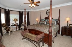 King Size Bed with mattress & boxspring in Kingwood, Texas