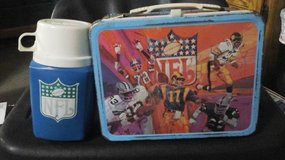 VINTAGE NFL 1978 LUNCHBOX W/THERMOS in Fairfield, California