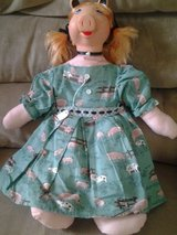 Miss Piggy doll/handmade in Aurora, Illinois