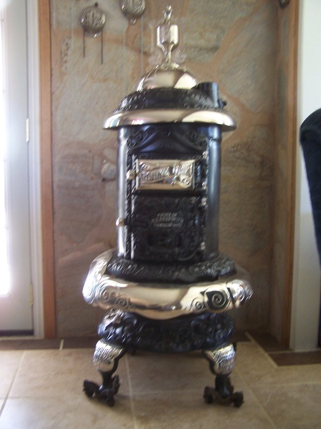 Stove antiques and collectibles for sale for Antiques and collectibles for sale